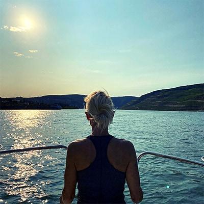 Folge 144 - Erwartungen und täglicher Druck - So schaffst Du es, die Überspannung zu transformieren und gelassener zu werden